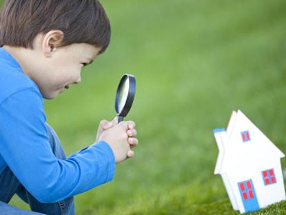 Als Immobilienmakler organisieren wir u. a. Hausbesichtigungen